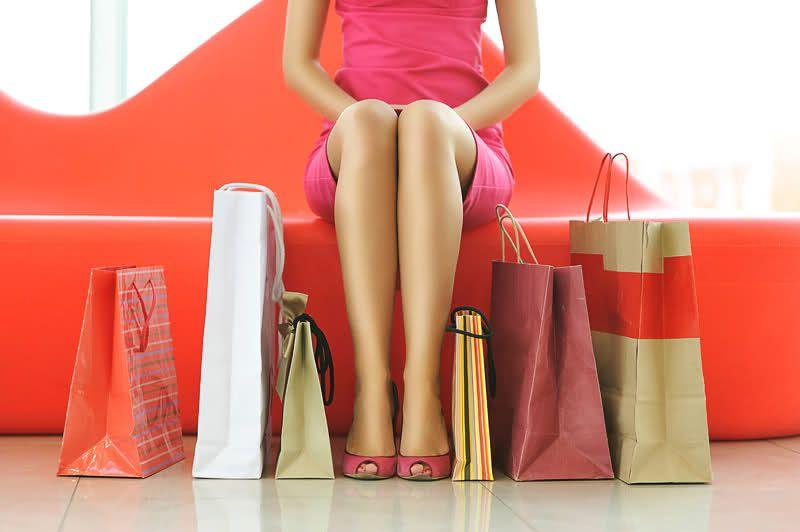 Почему женские вещи стоят дороже мужских?